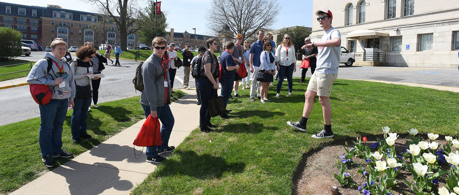 Admitted students touring campus